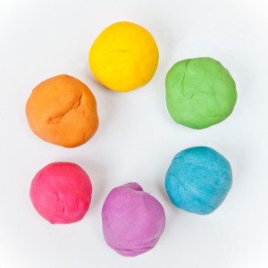 (c) http://kojo-designs.com/2013/01/best-playdough-ever/